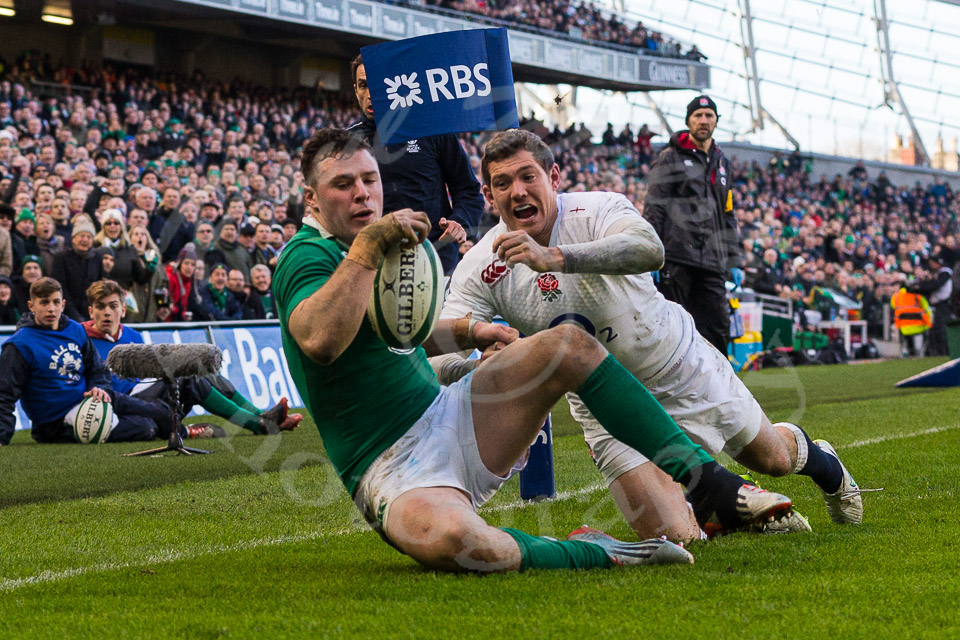 Henshaw try against England