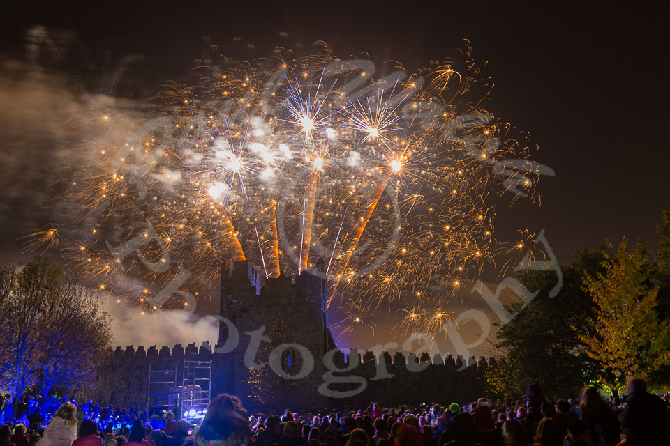 fireworks, swords castle